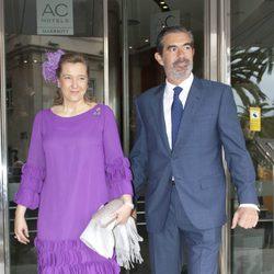 Cristina de Borbón-Dos Sicilias y Pedro López Quesada en la boda de Álvaro Fuster