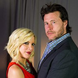 Tori Spelling y su marido Dean McDermott