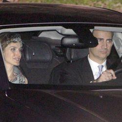 Los Príncipes Felipe y Letizia en la boda de Álvaro Fuster y Beatriz Mira