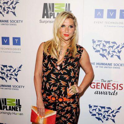 Kesha en los premios Genesis