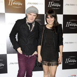 Juan Aguirre y Eva Amaral en los Premios Shangay 2012