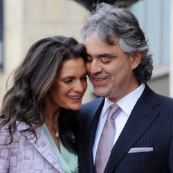 Andrea Bocelli y su mujer Veronica en la entrega de la estrella de Hollywood