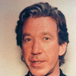 Ficha policial de Tim Allen tras su arresto