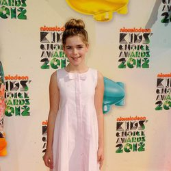 Kiernan Shipka en los Nickelodeon Kids' Choice Awards 2012