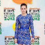 Kristen Stewart posa en la alfombra roja de los Kids Awards