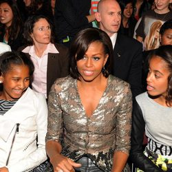 Michelle Obama con sus hijas en los Kids Awards