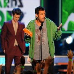Adam Sandler en la gala de los Kids Awards