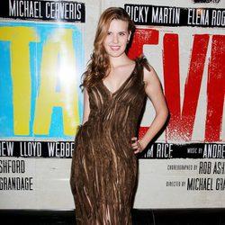 Maggie Grace en el estreno de 'Evita' en Nueva York