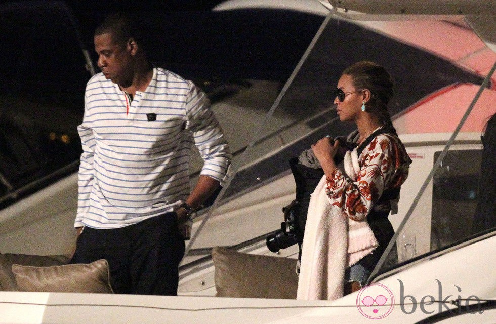 Beyoncé, Jay-Z y Blue Ivy Carter en un yate en San Bartolomé