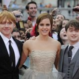Rupert Grint, Emma Watson y Daniel Radcliffe en el estreno de Harry Potter en Londres