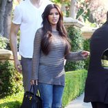 Kim Kardashian con un birkin negro