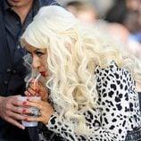 Christina Aguilera luce celulitis en las piernas