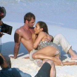 Mirada cómplice entre Jennifer Lopez y William Levy
