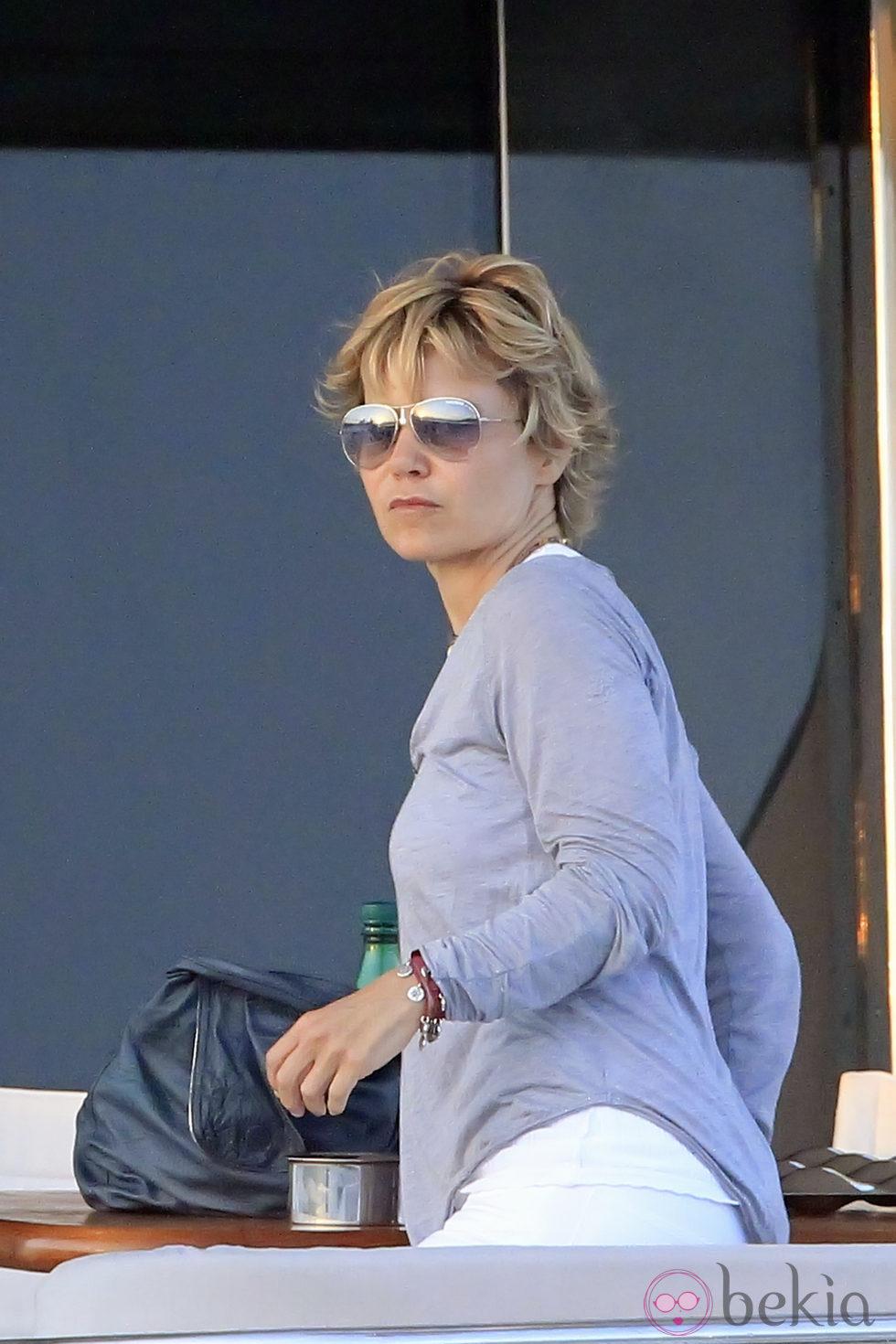 Eugenia Martínez de Irujo durante sus vacaciones en Ibiza