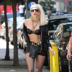 Lady Gaga al más puro estilo rockero y motero en Nueva York