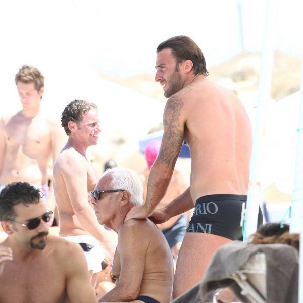 Las vacaciones de Giorgio Armani y un amigo en Formentera