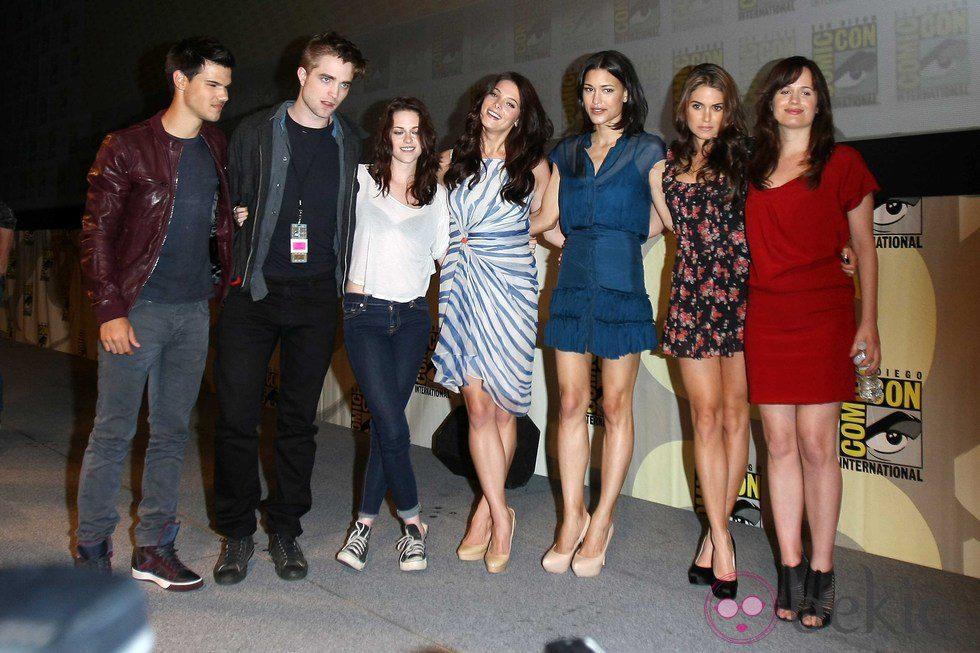 Taylor Lautner, Robert Pattinson, Kristen Stewart, Ashley ...