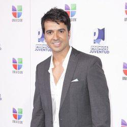 Luis Fonsi en los Premios Juventud 2011