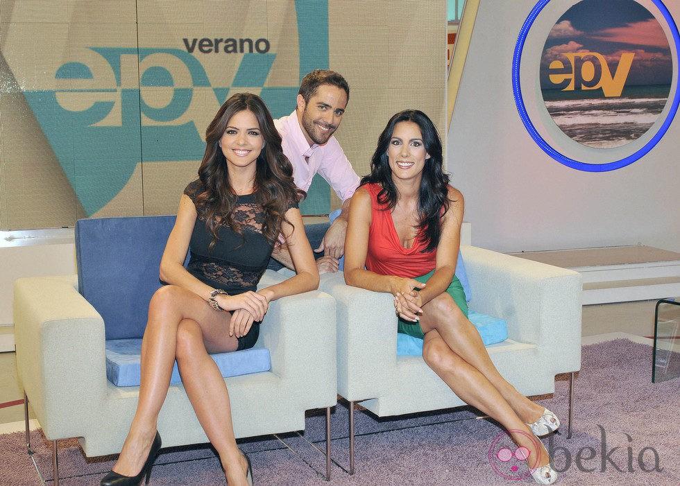 Romina Belluscio, Roberto Leal y Alicia Senovilla presentan 'Espejo de Verano'