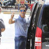 David Bustamante muy sonriente en Ibiza