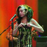 Amy Winehouse, borracha durante su concierto en Belgrado