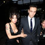 Amy Winehouse y Reg Traviss