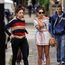 Fans de Amy Winehouse se acercan a su casa