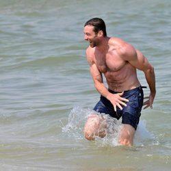 Hugh Jackman, un lobo de mar en Saint-Tropez