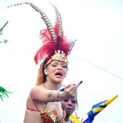 Rihanna maleducada en el Barbados Kadooment Day Parade