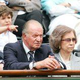 Froilán junto a los Reyes en un partido de Rolland Garros en 2005