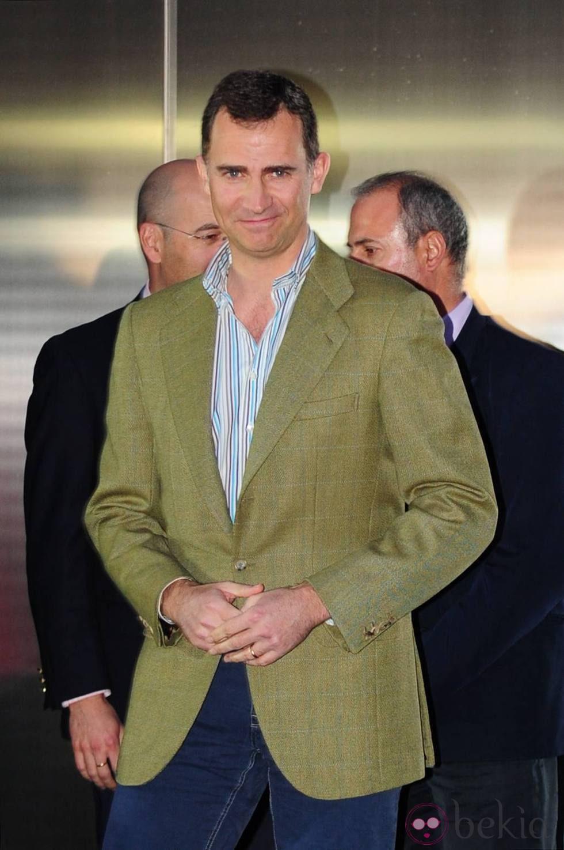 El Príncipe Felipe a su salida del Hospital San José de Madrid