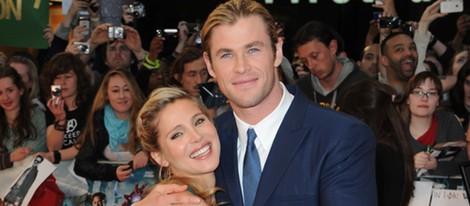 Elsa Pataky y Chris Hemsworth en el estreno de 'Los vengadores' en Londres