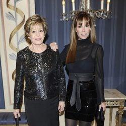 Laura Valenzuela y Lara Dibildos en los Premios Valle-Inclán 2012