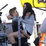 Justin Bieber y Selena Gomez en un descanso del rodajde del videoclip de 'Boyfriend'
