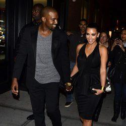 Kim Kardashian y Kanye West cogidos de la mano por la Gran Manzana