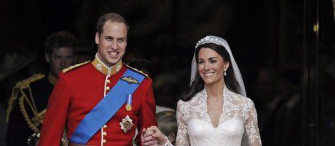 Los Duques de Cambridge salen de Westminter tras casarse