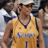 Halle Berry seguidora de 'Los Angeles Sparks'