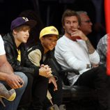 Justin Bieber, Jaden Smith y David Beckham con los 'Angeles Lakers'