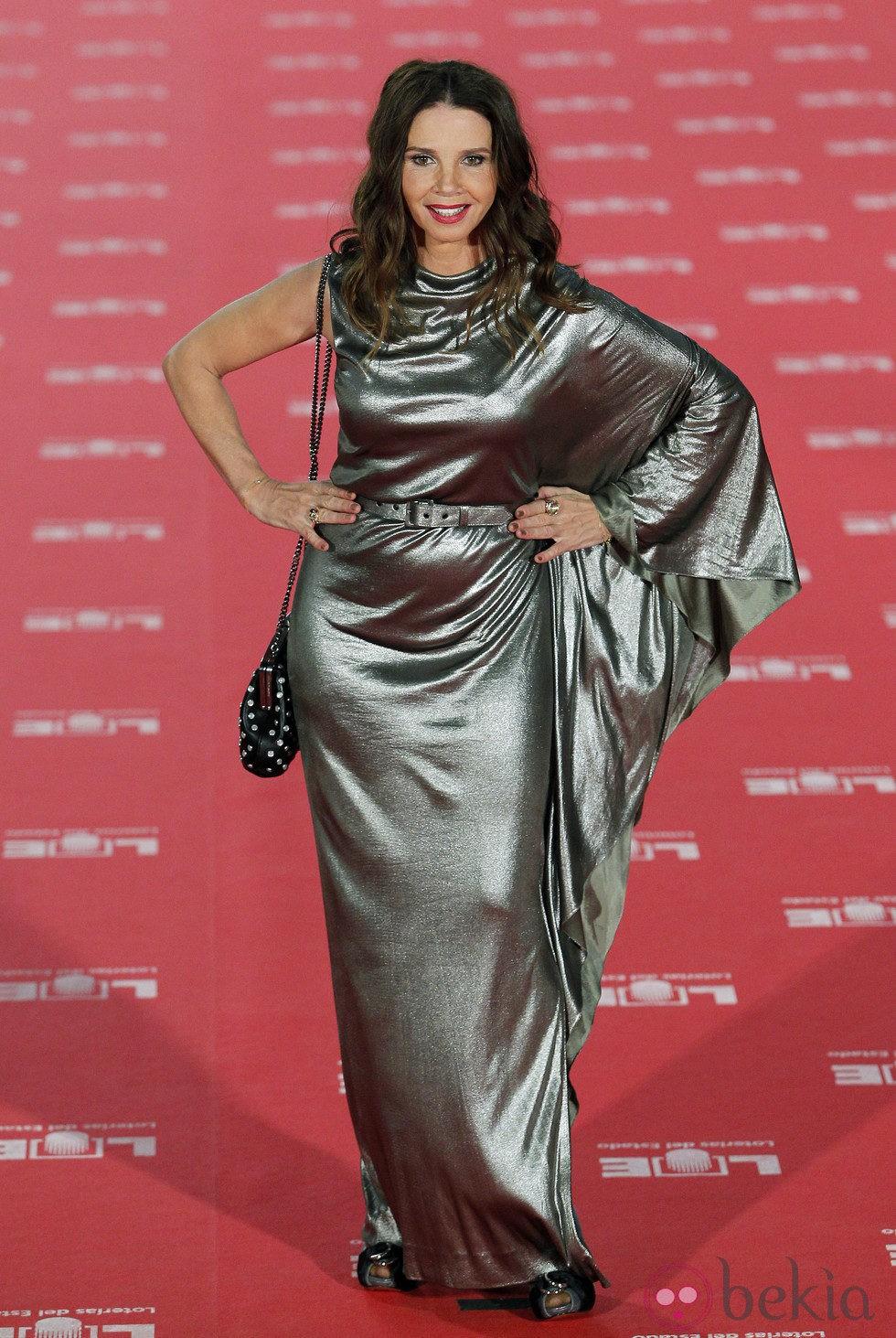 Victoria Abril fue azafata de la segunda temporada de 'Un, dos, tres,... responda otra vez'