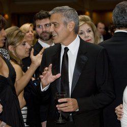George Clooney, aclamado a su llegada a la cena de corresponsales