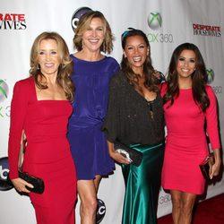 Felicity Huffman, Brenda Strong, Vanessa Williams y Eva Longoria celebran el final del rodaje de 'Mujeres desesperadas'