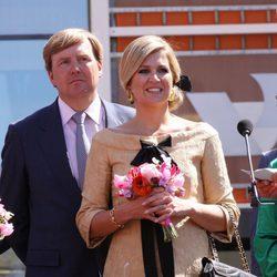 Guillermo y Máxima de Holanda celebran el Día de la Reina 2012