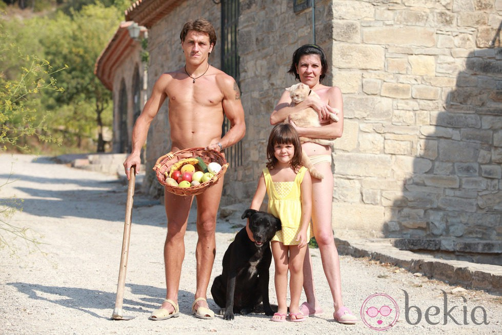 Fotos de la familia de colonias nudistas