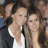 Ana Boyer e Isabel Preysler en el concierto de Enrique Iglesias