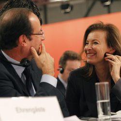 Valérie Trierweiler y Francois Hollande cómplices