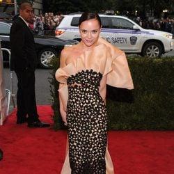Christina Ricci en la alfombra roja de la Gala del MET 2012