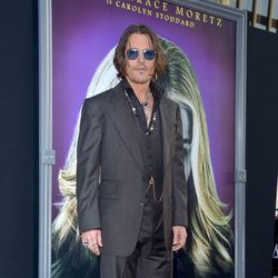 Johnny Depp en el estreno de 'Dark Shadows' en Los Angeles