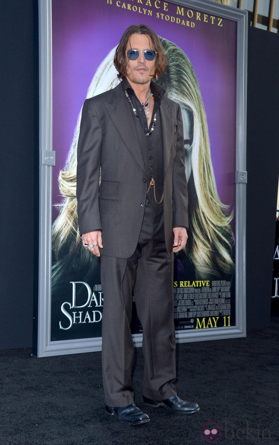 Johnny Depp en el estreno de 'Dark Shadows' en Los Angeles