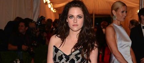 Kristen Stewart en la alfombra roja de la Gala del MET 2012