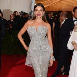Sofia Vergara en la alfombra roja de la Gala del MET 2012